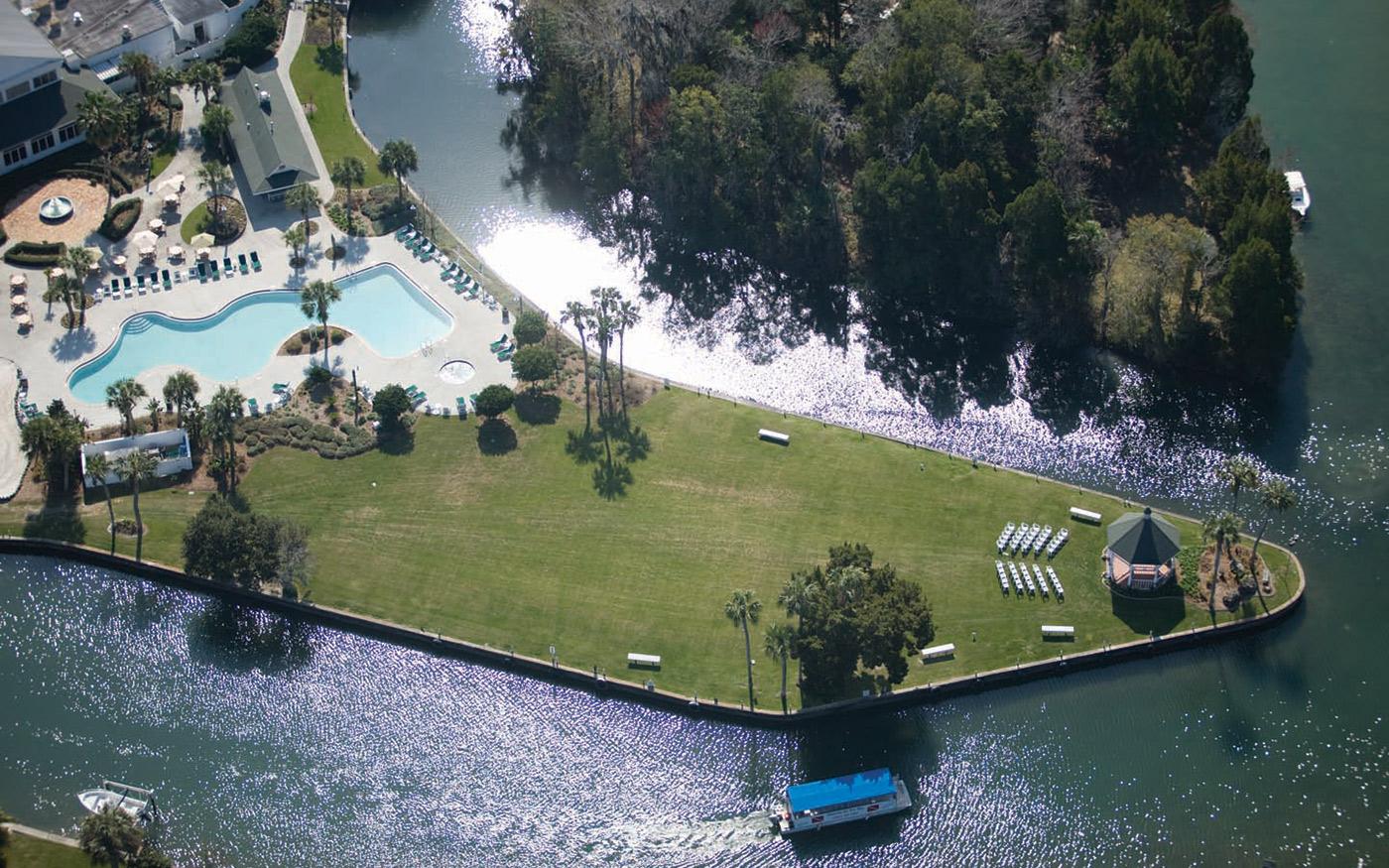 Crystal River Lodge