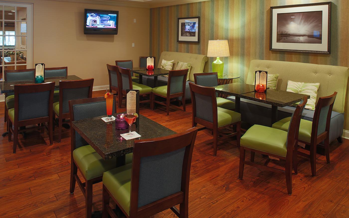 Crystal River West Lounge